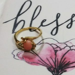 Jewelry - True Vintage Gold Coral & Diamond Ring